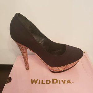 Black ladies pump